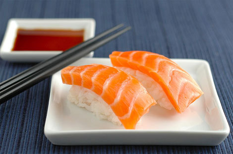 No salmon sashimi for dogs the raw explorer for Can my dog eat cooked fish